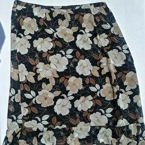 Womans Croft & Barrow Long Skirt